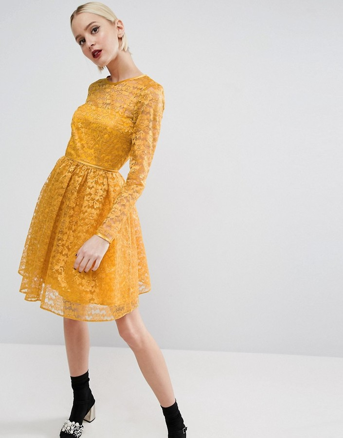 asos-pretty-lace-mini-prom-dress